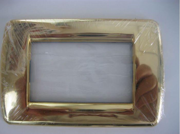 Накладка золотая на 4 розетки