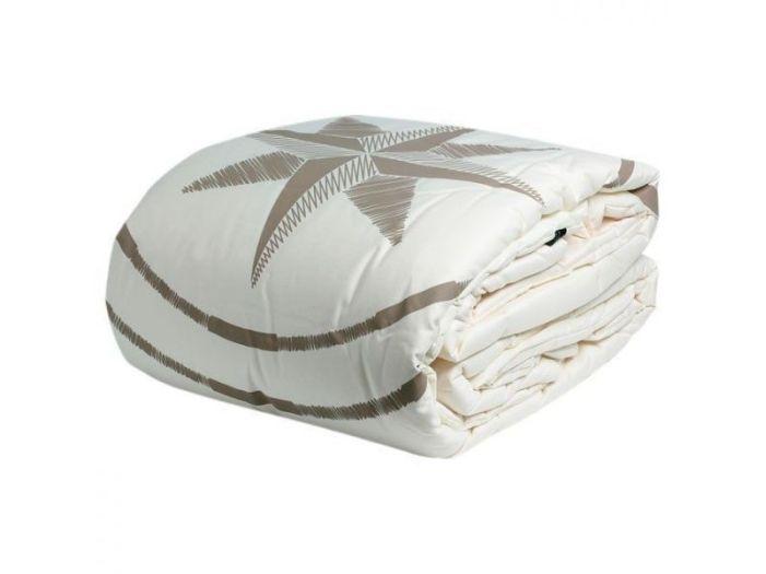 FREE STYLE двуспальное одеяло, кремовое