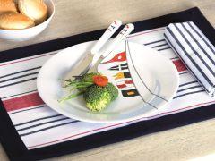 REGATA набор посуды с нескользящей основой на 4 персоны с салатницей, 13 предметов