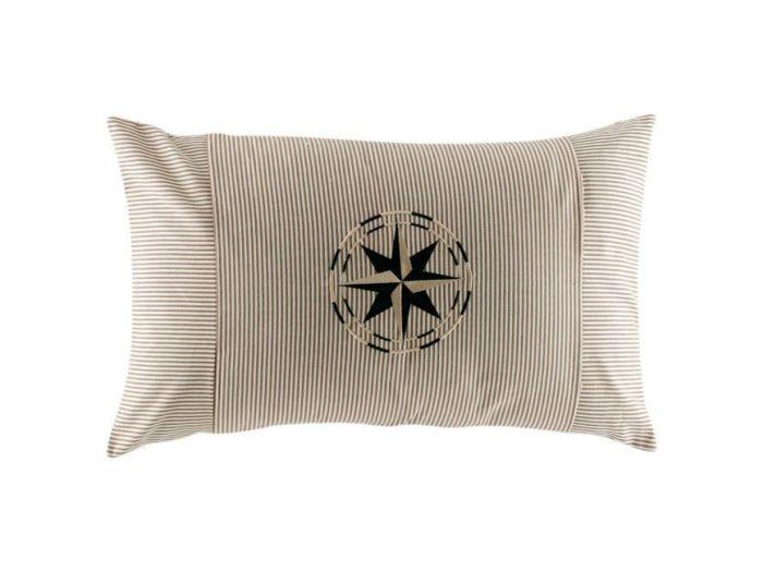 CHIC бежевая декоративная подушка 40 x 60 см
